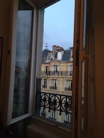 Hotel Lecourbe : Quarto 65 último andar