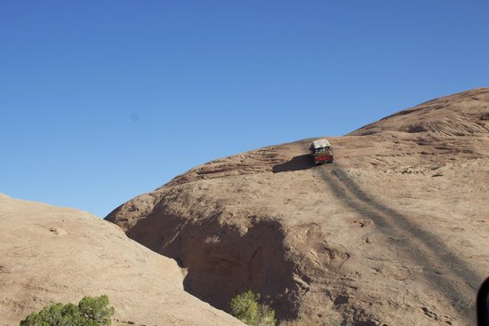 Moab Outdoor Adventure 4x4 Hummer Trip