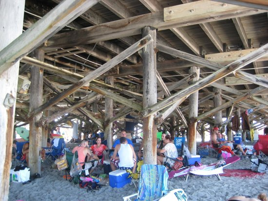 Best Western Ocean Beach Hotel & Suites : Under The Pier!