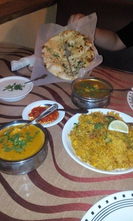 New Punjab Indian Restaurant: Heaven on a table :)