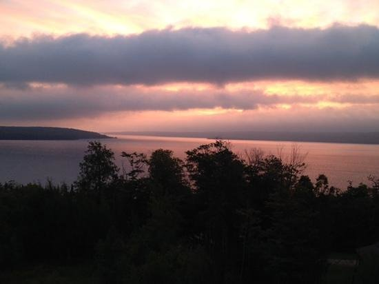 Holiday Inn Express Munising -  Lakeview: sunrise from our deck