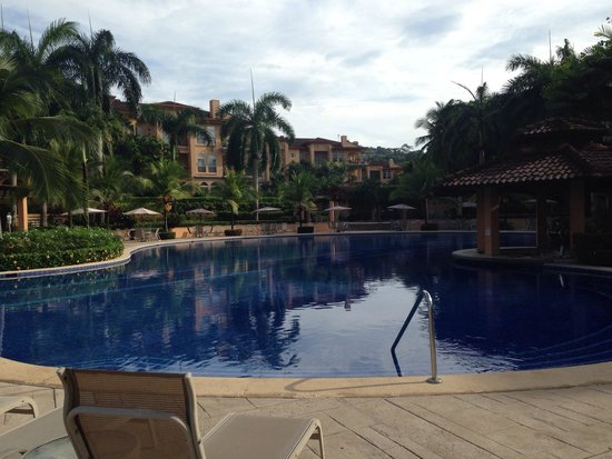 Los Suenos Marriott Ocean & Golf Resort: Another pool shot