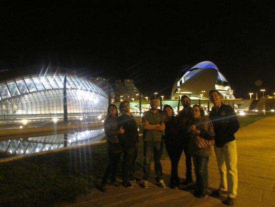 Valenciaflats Ciudad de las Ciencias : De noche