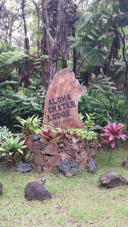 Aloha Crater Lodge : entrance