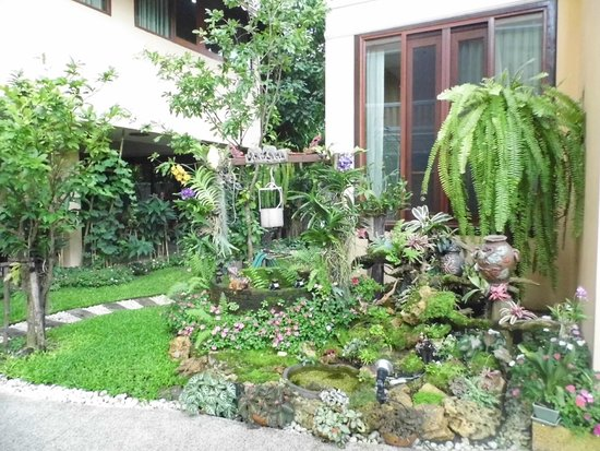 At Chiang Mai Hotel: Garden