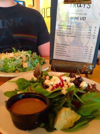 Troy's Cafe: House Salad