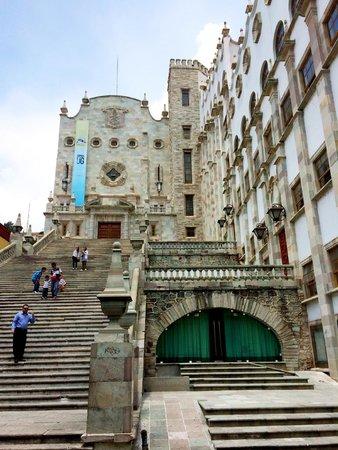 University of Guanajuato: La Universidad