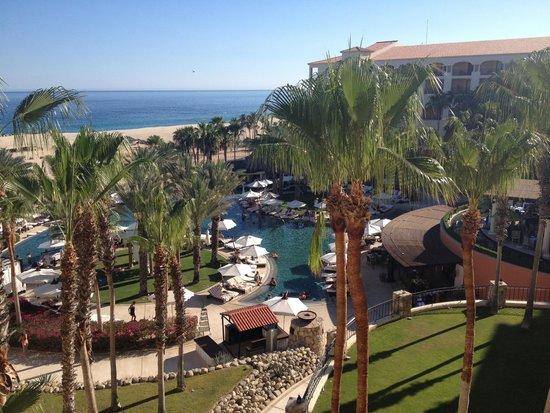 Hilton Los Cabos Beach & Golf Resort : Main Pool view