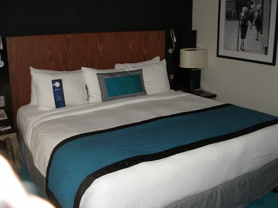 Radisson Blu Aqua Hotel: Bed