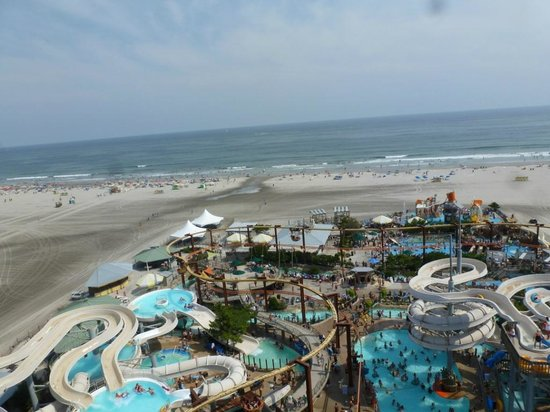 Morey's Piers and Beachfront Water Parks: Raging Waters, as viewed from the Ferris Wheel