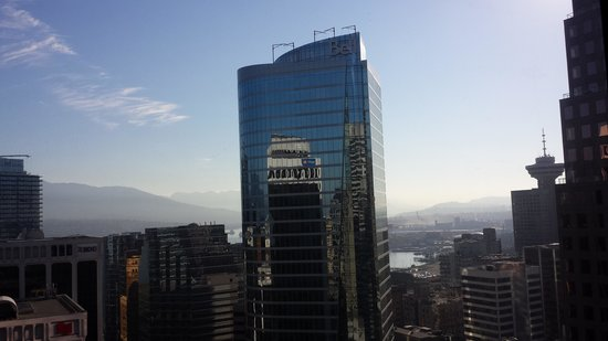 Hyatt Regency Vancouver : Window View from room