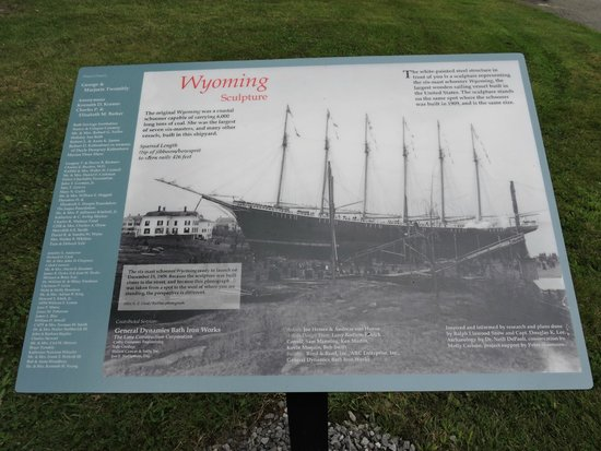Maine Maritime Museum: WYOMING 6-MASTED SAILING CARGO SHIP