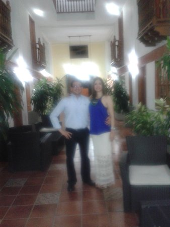 Hotel Lee: RECEPCION 1