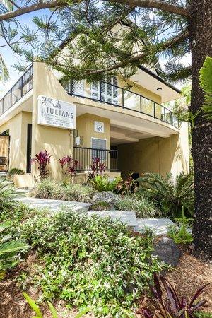 Photo of Julians Apartments Byron Bay