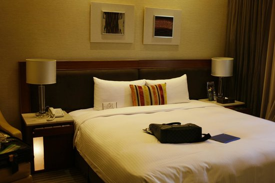 Beauty Hotels Taipei - Roumei Boutique: Comfy bed.