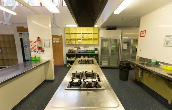 YHA Franz Josef: Kitchen