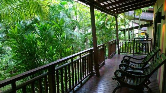 Aonang Phu Petra Resort, Krabi: Verandah of Villa