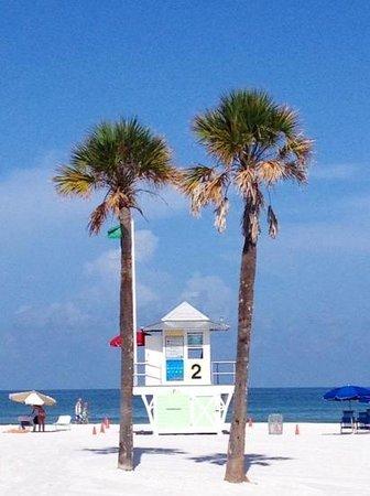 Lifeguard stand, Clearwater Beach near Pier 60