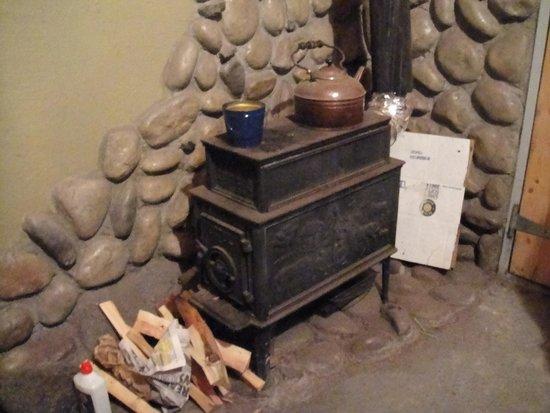 Adventure Inn: Wood Stove