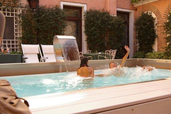 Hotel Giorgione: the fabulous pool!