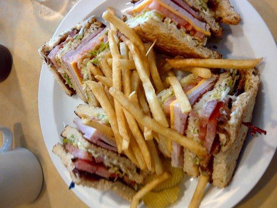 Sam's Sourdough Cafe: Club Sandwich