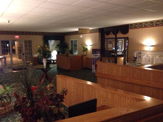Best Western Plus Longbranch Hotel & Convention Center : Entry lobby