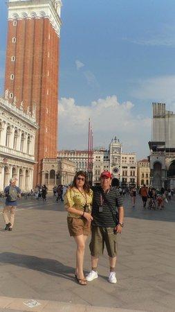NH Laguna Palace: Plaza central de Venecia