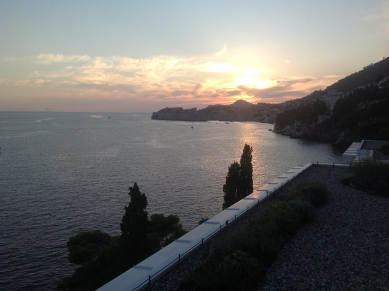 Villa Dubrovnik: Sunset over Dubrovnik from the rooftop wine bar