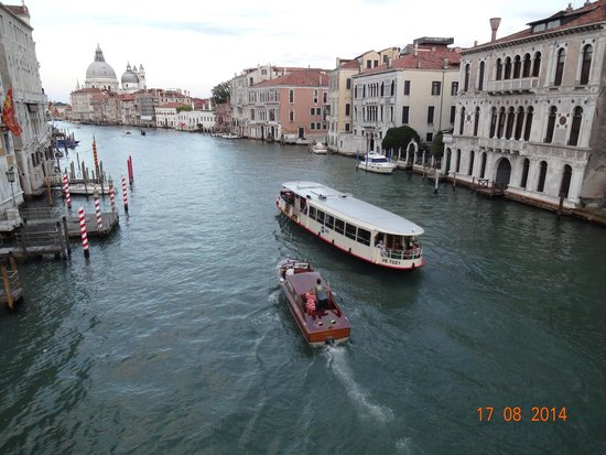 Canal Grande: Grand Canal visto da Ponte dell' Accademia
