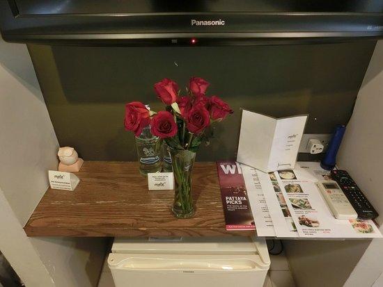 Metz Pratunam : Special rose from hotel