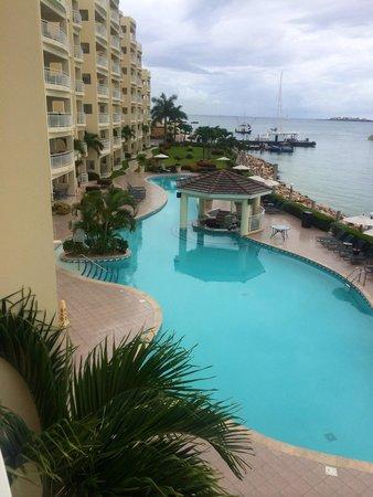 Simpson Bay Resort & Marina : View from my balcony