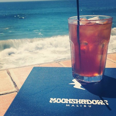 Moonshadows: Refreshing Iced Tea and The Ocean!!
