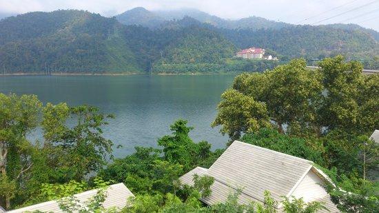 Belum Rainforest Resort : the view from the balcony