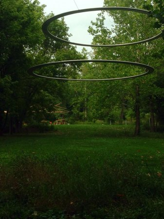 Indianapolis Museum of Art: Outdoor sculpture