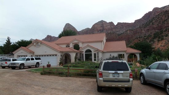 Zion Canyon Bed and Breakfast: Esterno