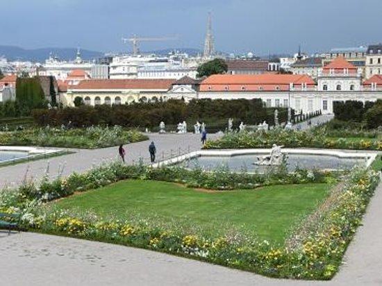 Schloss Belvedere: 庭