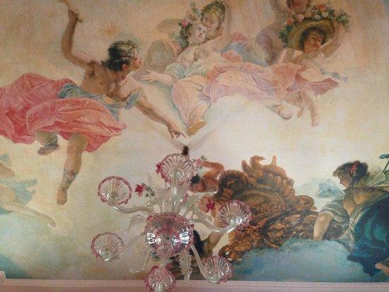 Hotel San Cassiano - Residenza d'Epoca Ca' Favaretto: The ceiling in Room 326