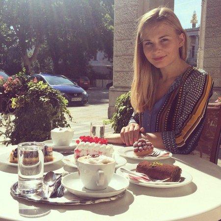 Sluka Cafe Konditorei: завтрак для принцесс