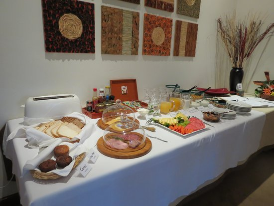Touraco Guesthouse: Breakfast
