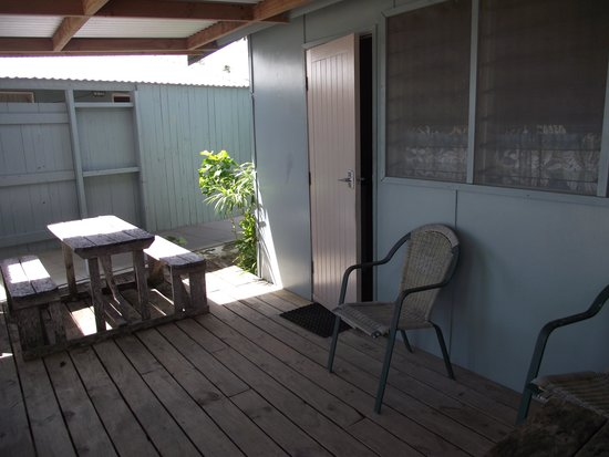 Savaii Lagoon Resort: Outside Studio on deck