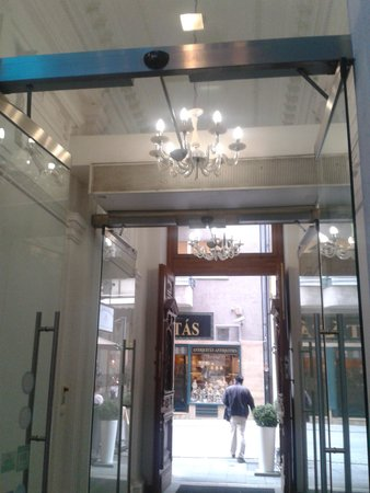 Estilo Fashion Hotel: hoteleingang