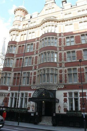 Thistle Holborn, The Kingsley: Front view hotel
