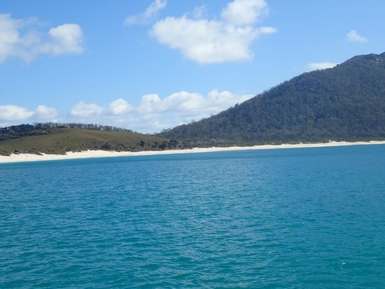 Wineglass Bay Cruises: Great spot to enjoy lunch