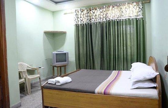 Hotel New Bakshi House