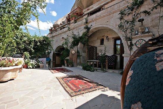 Star Cave Hotel : giardino