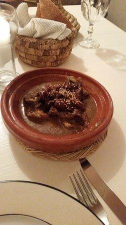Riad Miski : Delicious lamb tajine on final night