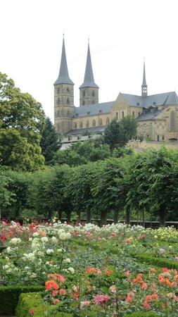 Bamberg Altstadt : 從玫瑰園眺望宮殿