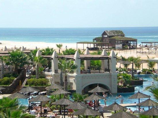 Hotel Riu Touareg: Piscina-Spiaggia