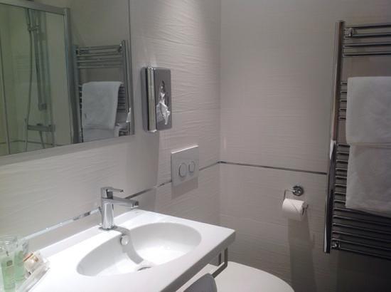 Best Western Hotel Prince De Galles : ванная комната