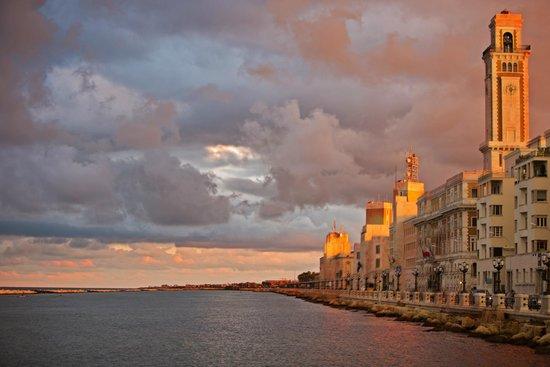 Palace Hotel Bari Via Francesco Lombardi